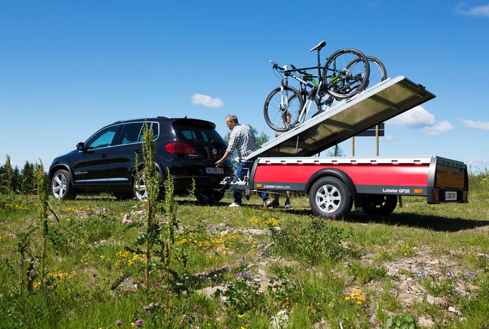 Den nye hardtopen tåler 140 kg og er både støv og sprutsikker. Mange sykkelentusiaster har allerede trykket den til sitt bryst.